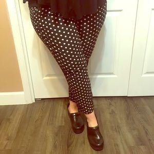 • Lane Bryant Cropped Dress Pants •